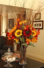 Creative Diy Decor Ideas To Welcome Autumn That Looks Cool 05