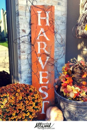 Creative Diy Decor Ideas To Welcome Autumn That Looks Cool 26