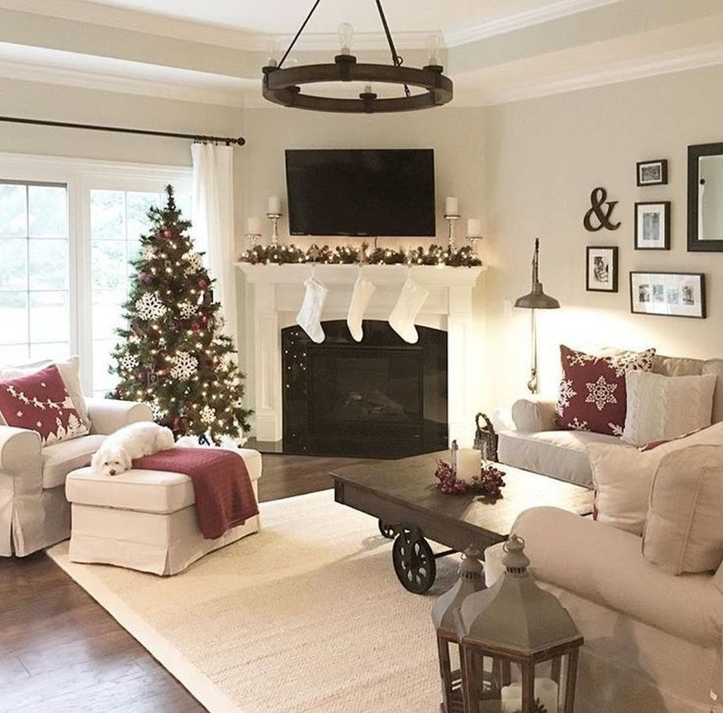 Delicate Living Room Design Ideas With Fireplace To Keep You Warm This Winter 03