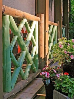 Extraordinary Front Yard Fence Design Ideas With Wood Material For Small House 16