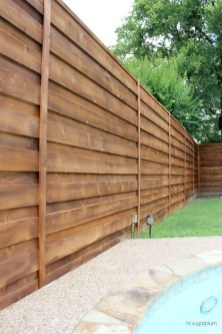 Extraordinary Front Yard Fence Design Ideas With Wood Material For Small House 38