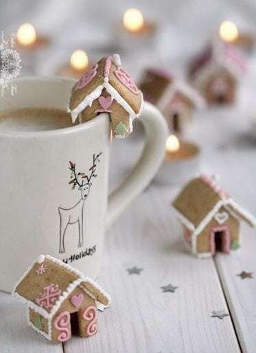 Fantastic Diy Gingerbread House Ideas For Your Décor To Try Asap 06