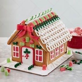 Fantastic Diy Gingerbread House Ideas For Your Décor To Try Asap 08