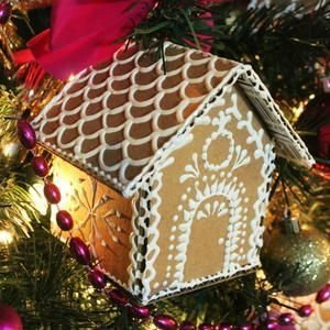 Fantastic Diy Gingerbread House Ideas For Your Décor To Try Asap 38