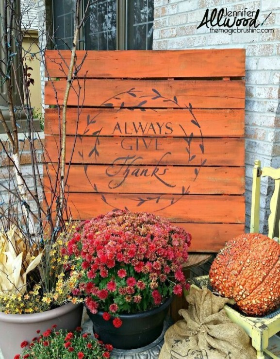 Favored Halloween Diy Pallet Outdoor Decor Ideas To Inspire You 39