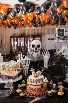 Rustic Halloween Party Decoration Ideas To Try Now 08