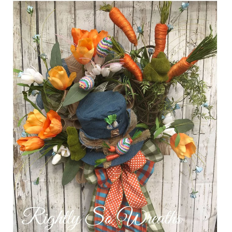 Splendid Wreath Designs Ideas For Front Door To Welcome Halloween 19