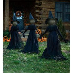 Superb Front Yard Halloween Decoration Ideas To Try Asap 17