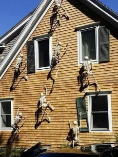 Superb Front Yard Halloween Decoration Ideas To Try Asap 18