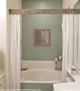 Unusual Remodel Design Ideas To Be Modern Farmhouse Bathroom 05