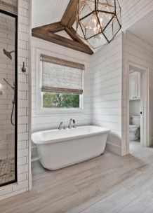 Unusual Remodel Design Ideas To Be Modern Farmhouse Bathroom 29