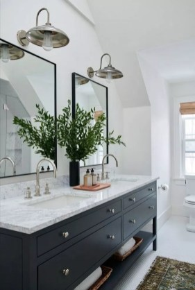 Unusual Remodel Design Ideas To Be Modern Farmhouse Bathroom 33