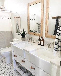 Unusual Remodel Design Ideas To Be Modern Farmhouse Bathroom 37