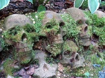 Wonderful Halloween Design Ideas Themed Tomb And Skull Inspire 14