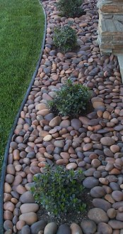 Amazing Yard Landscaping Design Ideas That You Must See 22