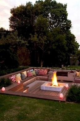 Awesome Backyard Landscaping Design Ideas For Your Home 42