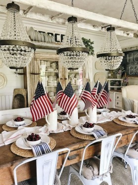 Awesome Summer Decor Ideas With Rustic Farmhouse Style To Try Asap 15