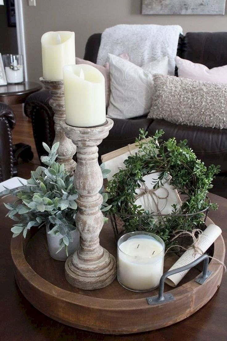 Comfy Farmhouse Living Room Decor Ideas That You Need To See 39
