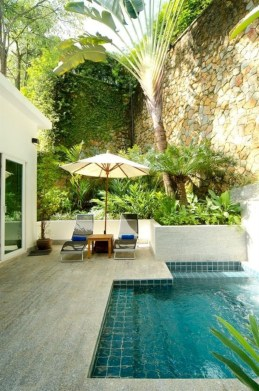 Comfy Pool Decoration Ideas For Your Backyard To Have 17