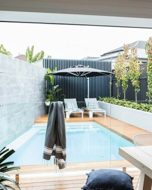 Cozy Backyard Swimming Pools Design Ideas To Copy Right Now 36