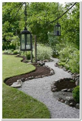 Pretty Lawn Edging Design Ideas For Your Yard To Try 06