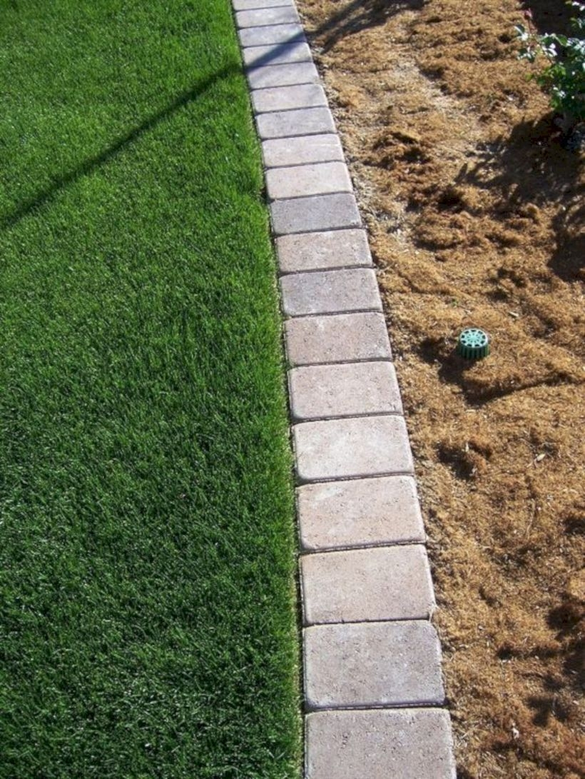 Pretty Lawn Edging Design Ideas For Your Yard To Try 15