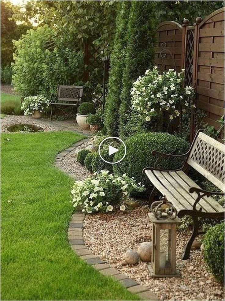 Pretty Lawn Edging Design Ideas For Your Yard To Try 16