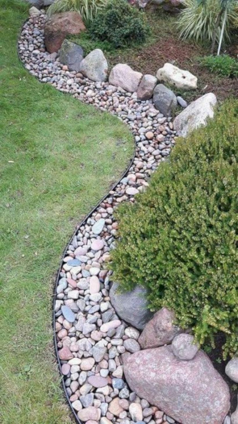Pretty Lawn Edging Design Ideas For Your Yard To Try 20