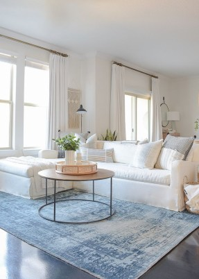 Splendid Living Room Décor Ideas For Spring To Try Soon 16