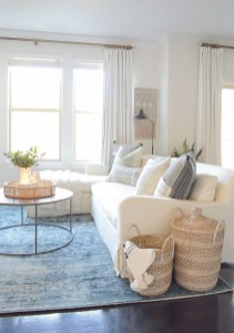 Splendid Living Room Décor Ideas For Spring To Try Soon 31