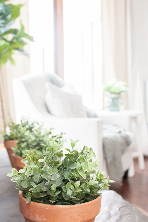 Superb Spring Home Decor Ideas With Farmhouse Style To Try Asap 27