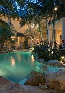Surprising Tropical Pool Landscaping Design Ideas To Try Soon 22