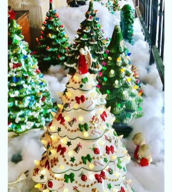 Affordable Colorful Living Christmas Décor Ideas That Suitable For You 06