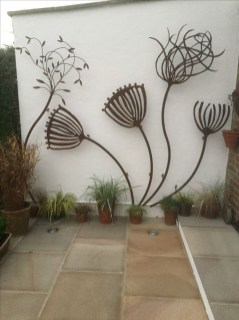 Attractive Garden Art Design Ideas That You Can Create Itself 30