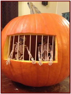 Cozy Pumpkin Carving Design Ideas You Can Do Yourself 32