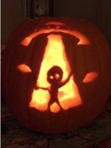 Cozy Pumpkin Carving Design Ideas You Can Do Yourself 39