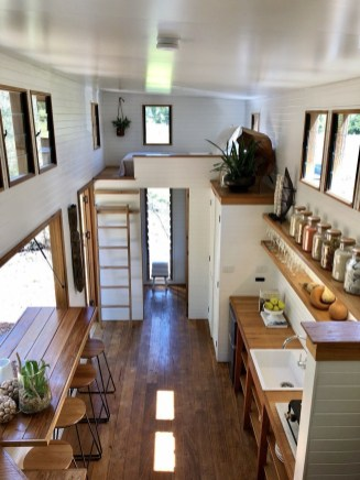 Cute Tiny House Design Ideas On Wheels That You Must Have Now 06