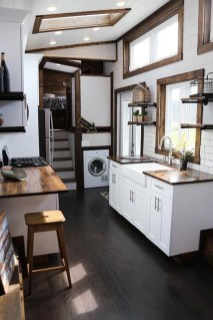 Cute Tiny House Design Ideas On Wheels That You Must Have Now 23
