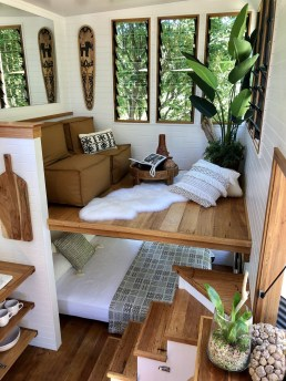 Cute Tiny House Design Ideas On Wheels That You Must Have Now 32