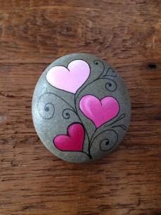 Elegant Diy Rock Painting Design Ideas That Looks Cool 19