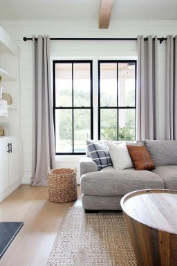 Favorite Living Room Curtain Design Ideas To Enhance Your Living Room 08
