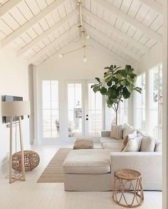 Gorgeous Nordic Living Room Design Ideas You Should Have 18