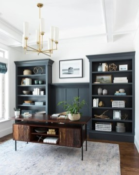 Gorgeous Traditional Small Home Office Design Ideas For You To Have 16