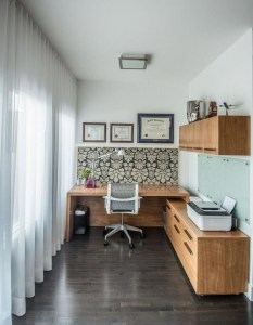 Gorgeous Traditional Small Home Office Design Ideas For You To Have 21