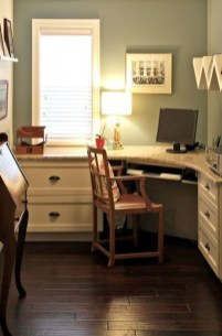Gorgeous Traditional Small Home Office Design Ideas For You To Have 49