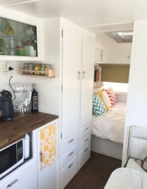 Incredible Rv Motorhome Interior Design Ideas For Summer Holiday 34