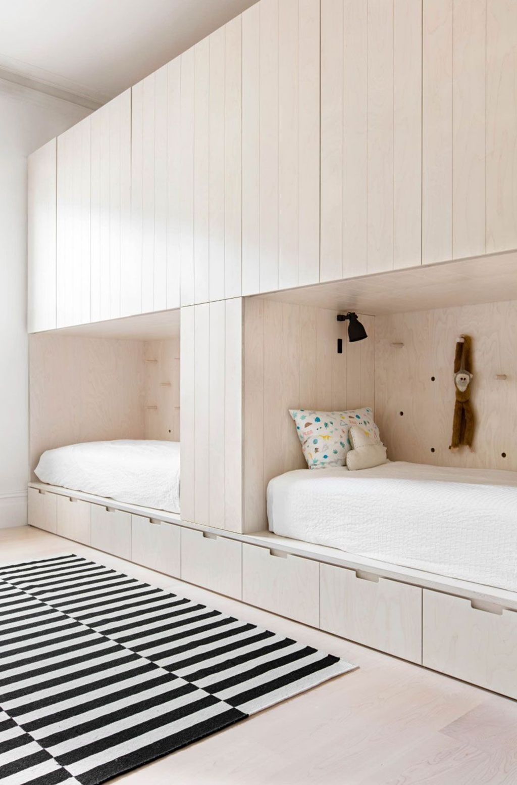 Marvelous Bedroom Cabinet Design Ideas For Your Home Inspiration 31