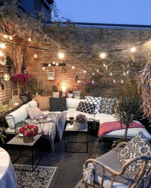 Popular Winter Patio Decorating Ideas To Try Asap 17