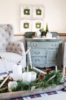 Beautiful Coastal Christmas Decor Ideas For Apartment To Try 49