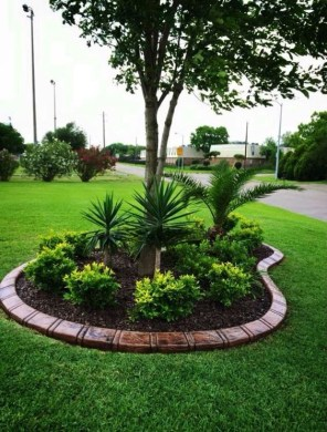 Beautiful Home Yard Design Ideas To Try Asap 16